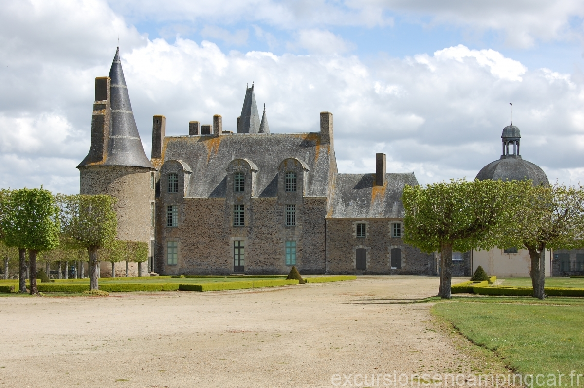 Chateau de Mme De Sévigné