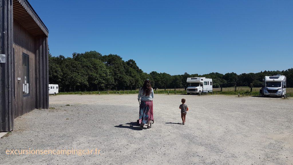 L'aire de camping car de Le Guerno