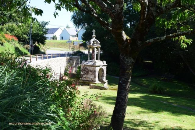 Fontaine Sainte-Anne de Le Guerno