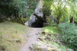 DSC 0019-Grottes-de-Saulges