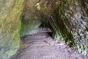 DSC 0021-Grottes-de-Saulges